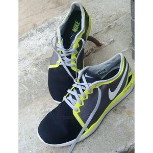 Nike black neon yellow Free run lunarlon shoes 8.5
